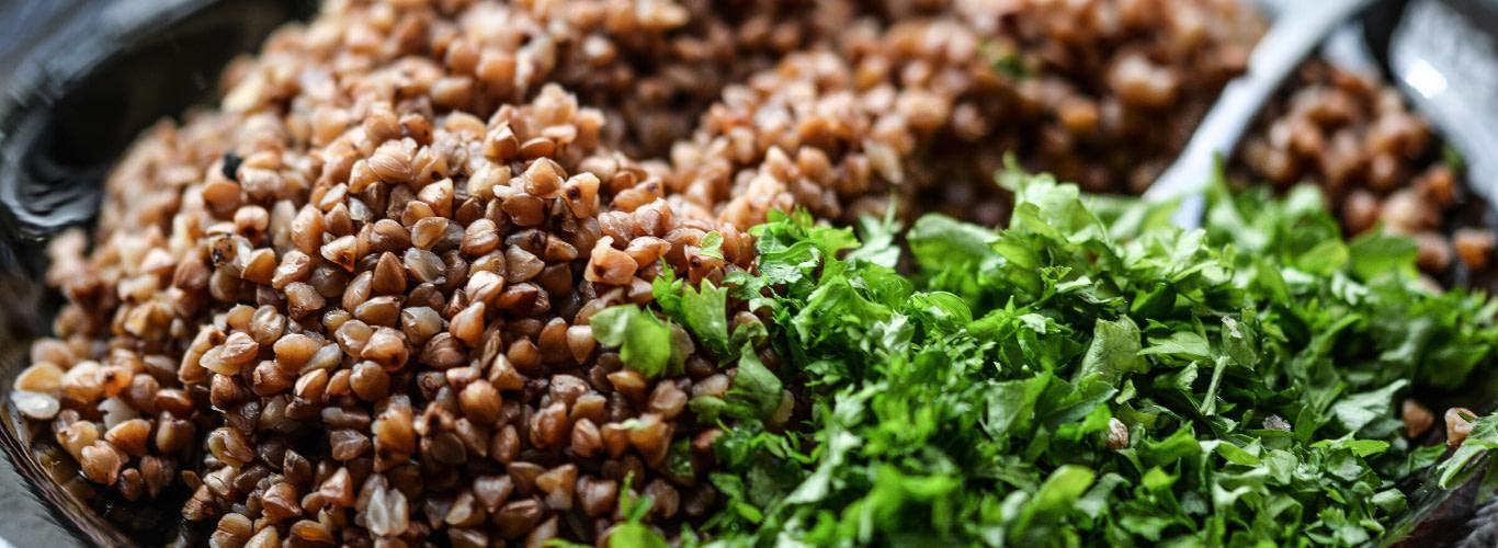 Platillo vegano - Liam Hemswort culpa al veganismo